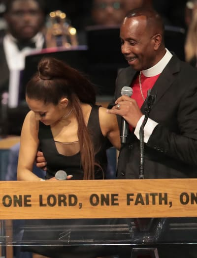 Ariana Grande, Bishop