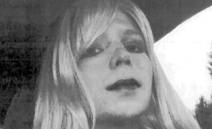 "Bradley Manning Sex Change: Convicted Soldier to Become Woman, Declares ""I am Female"""
