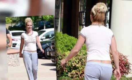 Britney Spears Shows Off Curves