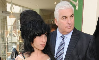 Amy Winehouse Drug Dealers to Be Sentenced