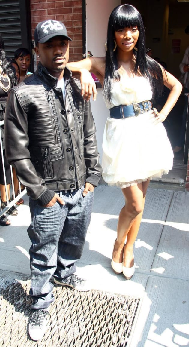 Range Rover Norwood >> Ray J and Brandy - The Hollywood Gossip