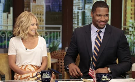 Michael Strahan and Kelly Ripa on Live!