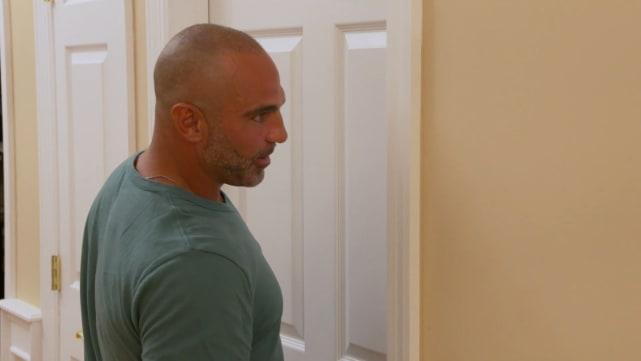 Joe gorga talks to the door