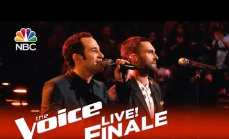 Joshua Davis and Adam Levine - Diamonds on the Soles of Her Shoes (The Voice Finale)