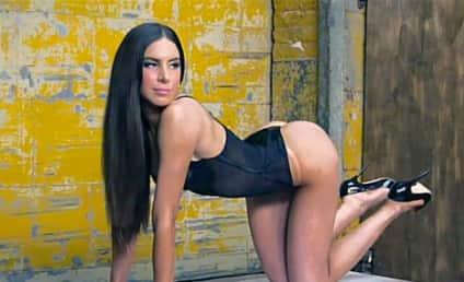 Jen Selter, Instagram Butt Model, Lands Spread in Vanity Fair