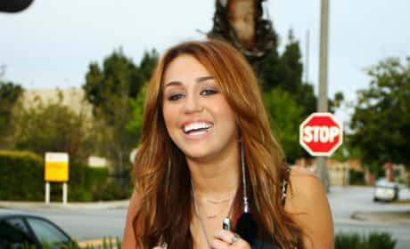 Miley Strolls