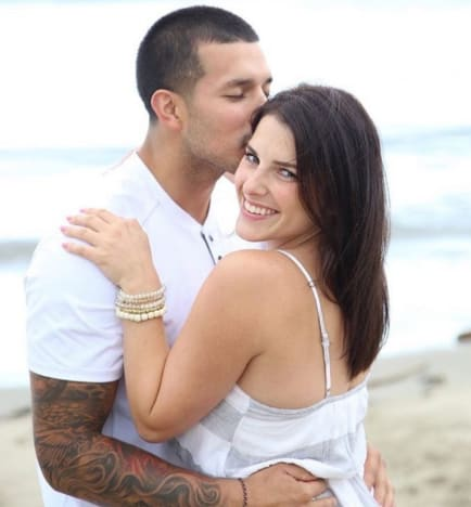 Lauren Comeau Melts Down on Instagram: Is Javi Marroquin Cheating Again?