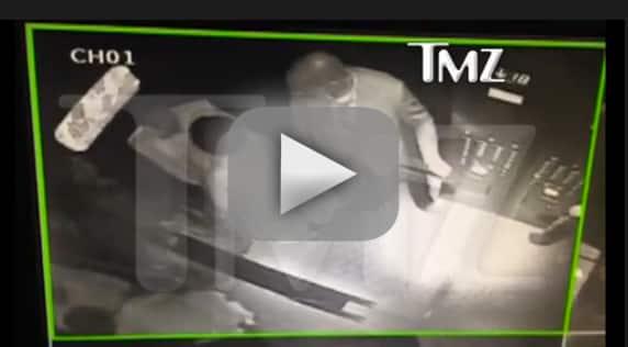 Solange Attacks Jay Z!