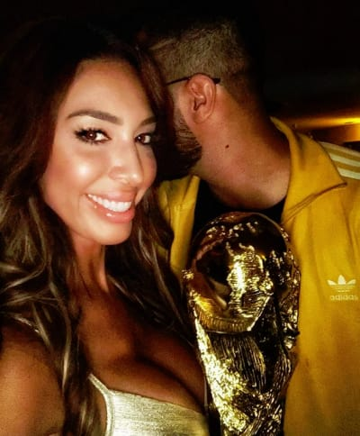 Farrah Abraham and an Embarrassed Soccer Player