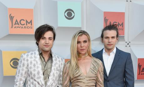The Band Perry: 51st Academy of Country Music Awards