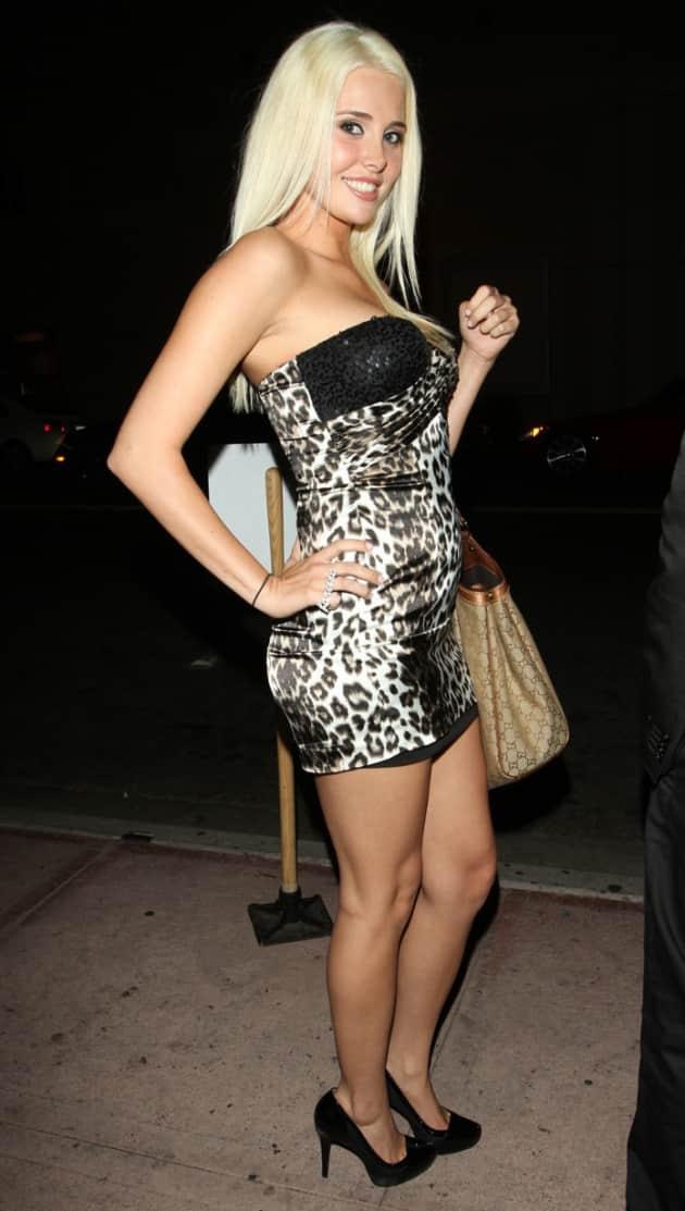 Karissa Shannon Clothed