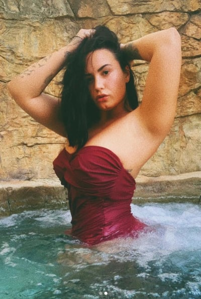 Demi Lovato Swimsuit Photo