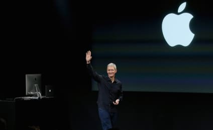 Tim Cook Comes Out as Gay in Powerful Personal Essay