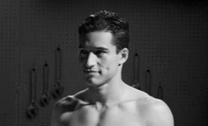 Mario Lopez Underwear Photo: OOOOGA!