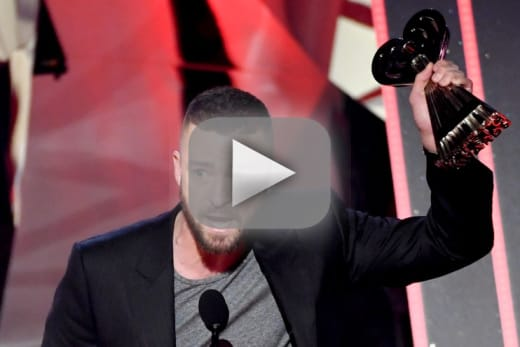 Justin timberlake inspires us all with iheartradio music awards