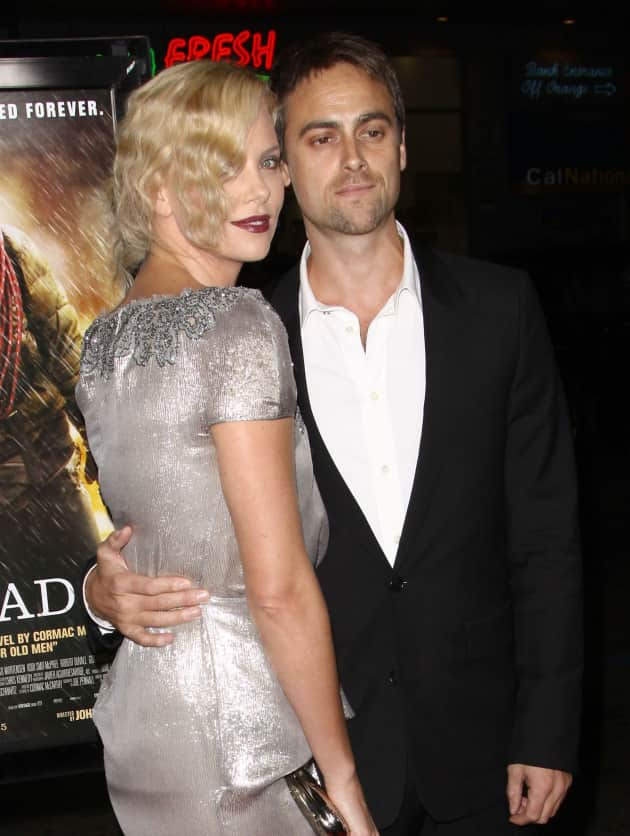 Charlize Theron and Stuart Townsend Pic