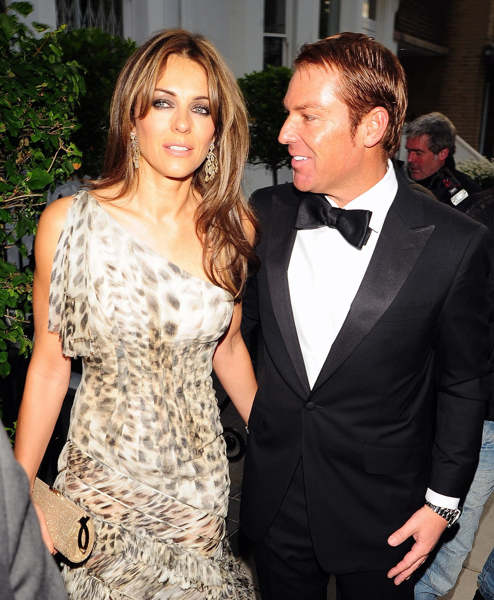 Image result for elizabeth hurley and shane warne