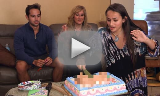 "Jazz Jennings Hosts ""Farewell to Penis"" Party Before Surgery"