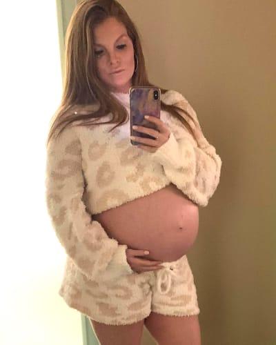 Brandi Redmond Baby Bump