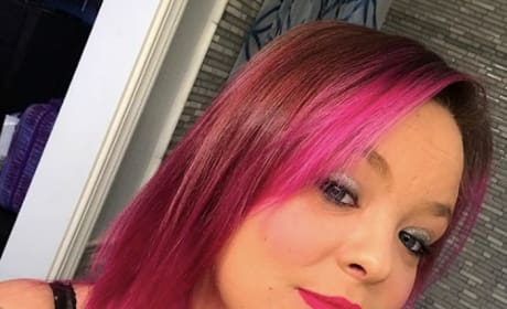 Catelynn Lowell with Pink Hair