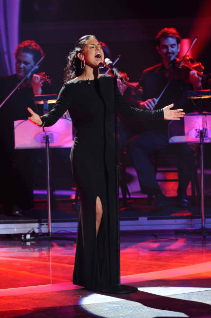 Pia Toscano on Motown Night