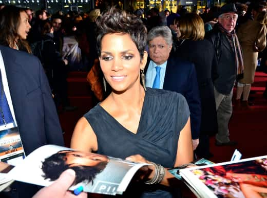 Halle Berry Signs Autographs