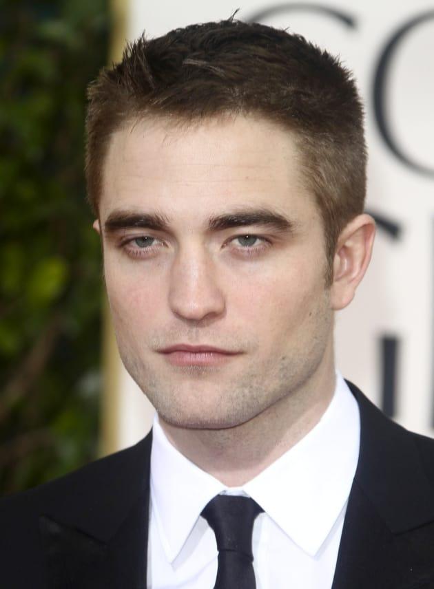 Robert Pattinson, Very Close Up