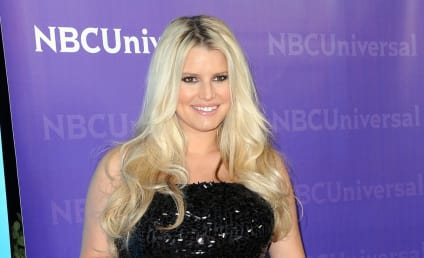Jessica Simpson, Tony Romo Make a Break For it!