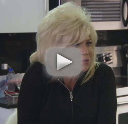 Theresa caputo okay this is what its really like without larry