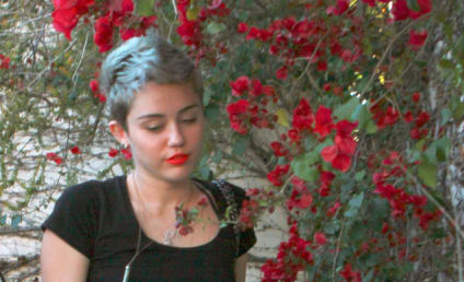 Miley Cyrus Split Rumors: Where is the Engagement Ring?!?