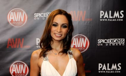 Amber Rayne, Porn Star Who Accused James Deen Of Rape, Dead at 31