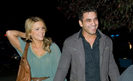 Roberto Martinez and Ali Fedotowsky Pic