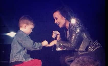 Little Boy Proposes to Demi Lovato on Stage, Melts the Heart of Every Internet User