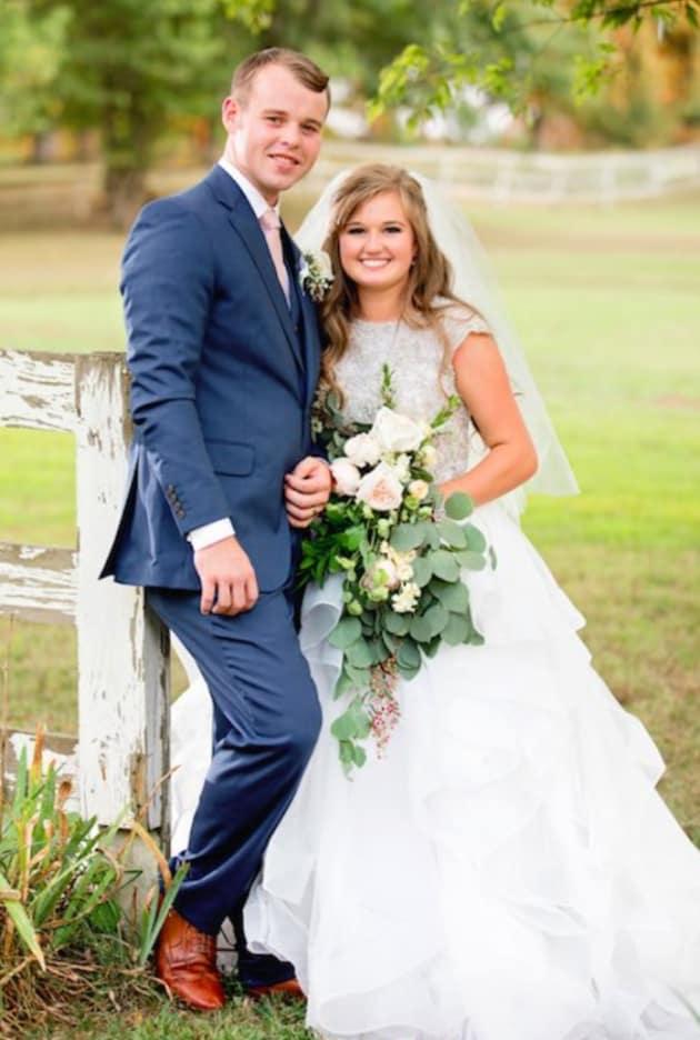 Kendra Caldwell: Pregnant With Joseph Duggar's Baby ...
