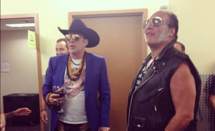 Nicolas Cage, Guns N Roses Photo Forever Wins Internet