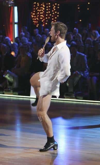Jake Pavelka, No Pants
