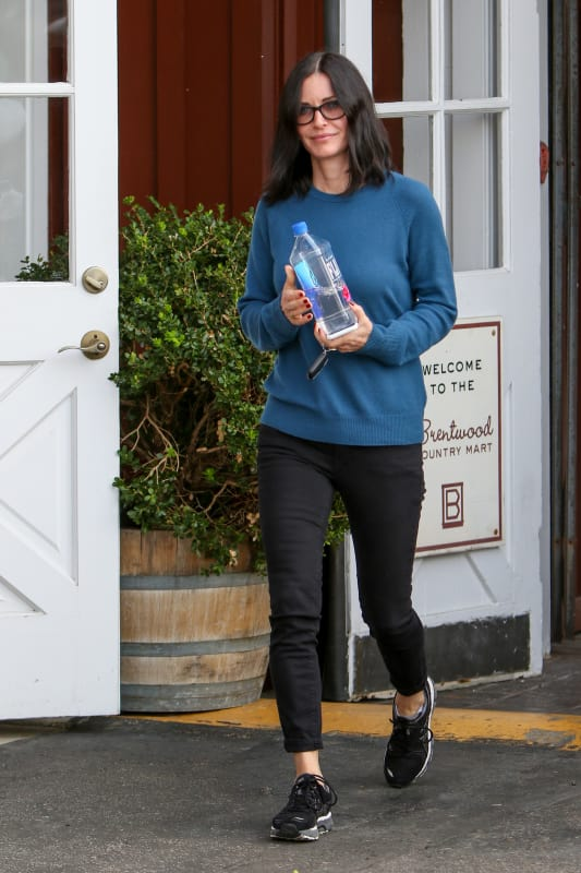 Courteney Cox Shops at the Brentwood Country Mart