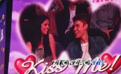 Justin Bieber and Selena Gomez: Kiss Cam Couple!