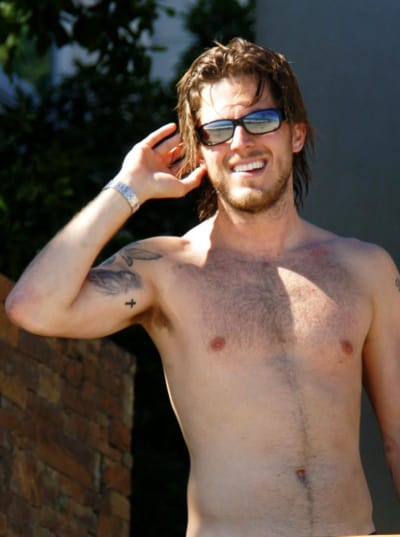 Harry Morton Shirtless