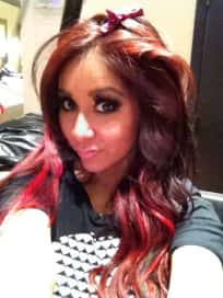 Snooki Goes Red