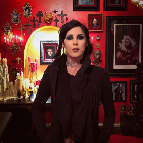 Kat Von D with Art