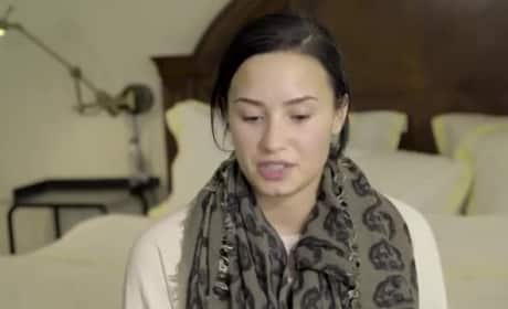 Demi Lovato: NAKED For Vanity Fair! Watch Video of the Sexy Photoshoot!
