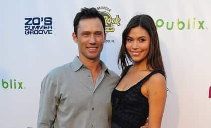 Jeffrey Donovan: Engaged to Michelle Woods!