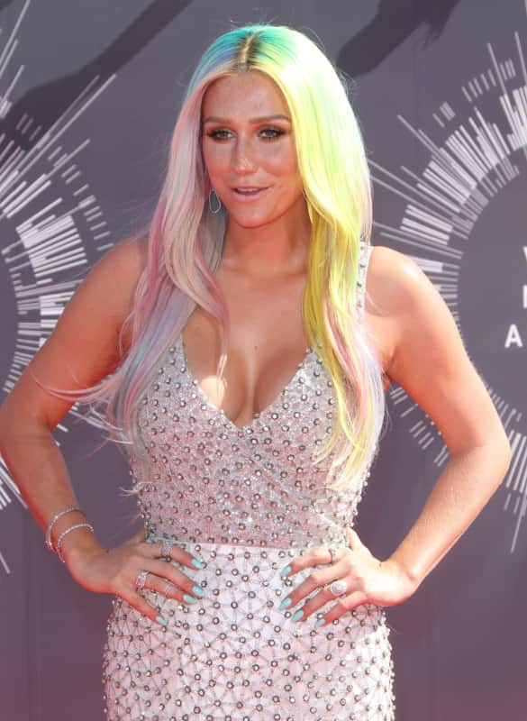 Kesha at the 2014 VMAs