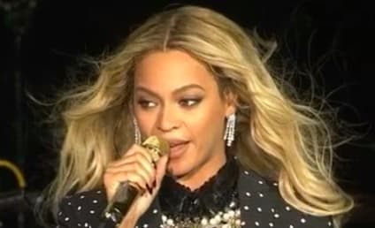 Beyonce: Look Away! I'm So Fat!