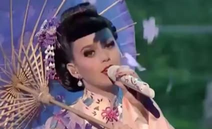 Katy Perry American Music Awards Performance: Awesome or Offensive?