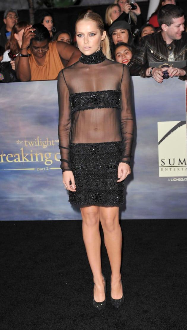 Teresa Palmer Premiere Dress