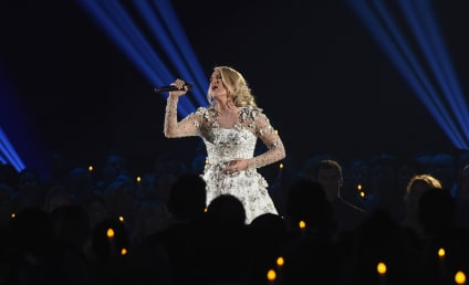 Carrie underwood the hollywood gossip for Carrie underwood softly and tenderly