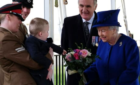 2-Year Old Meets The Queen, Throws Epic Tantrum