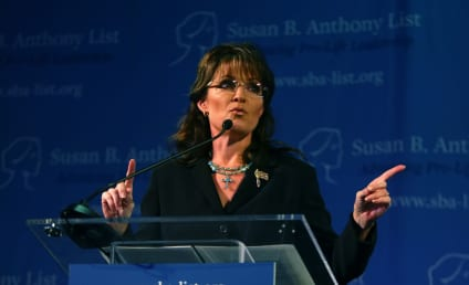Sarah Palin to Hit Back at Tina Fey?